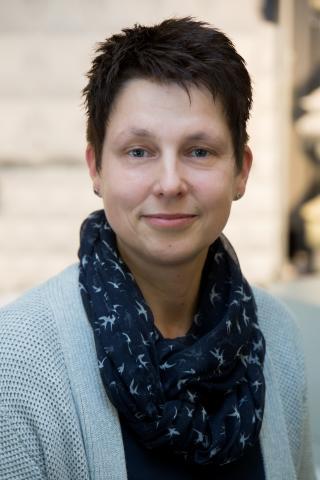 Christina Schubert, Verkaufsberaterin